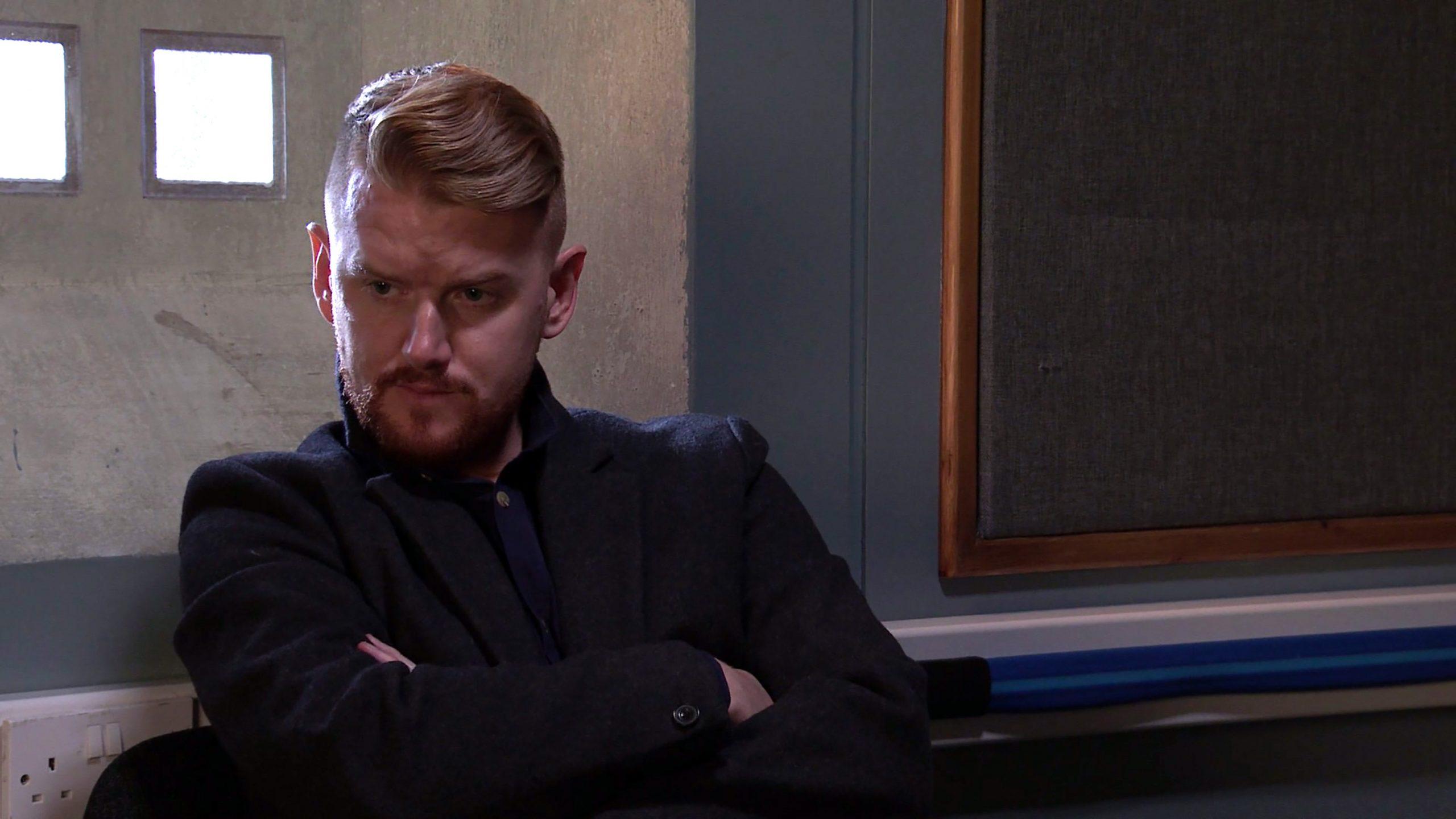 Spoiler de Coronation Street: ¡La policía interroga a Gary!