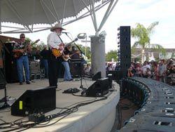"Dynacord Cobra ""Celebrates Bonita"" With The Charlie Daniels Band"