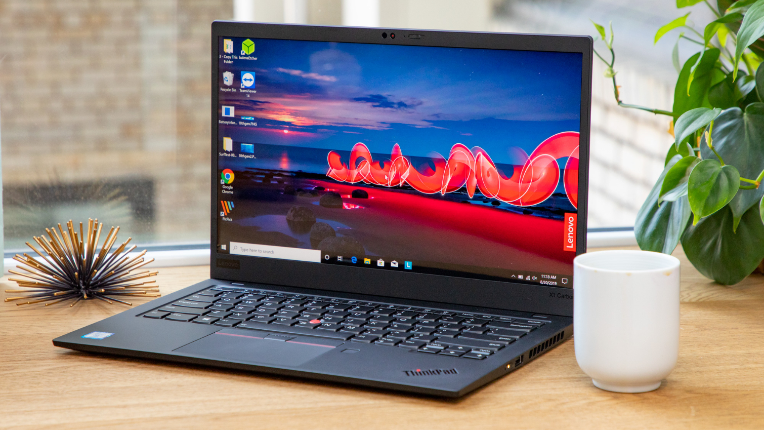 Lenovo Thinkpad X1 Carbon Gen 7 2019 Review Slim System Fast Productivity Tom S Hardware