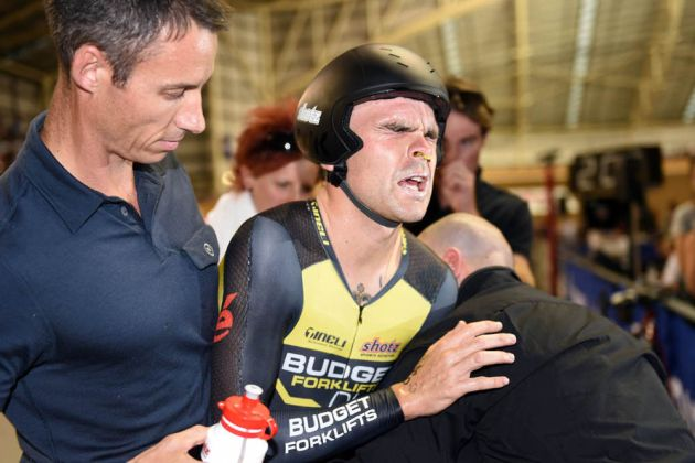Jack Bobridge suffers after his Hour Record attempt