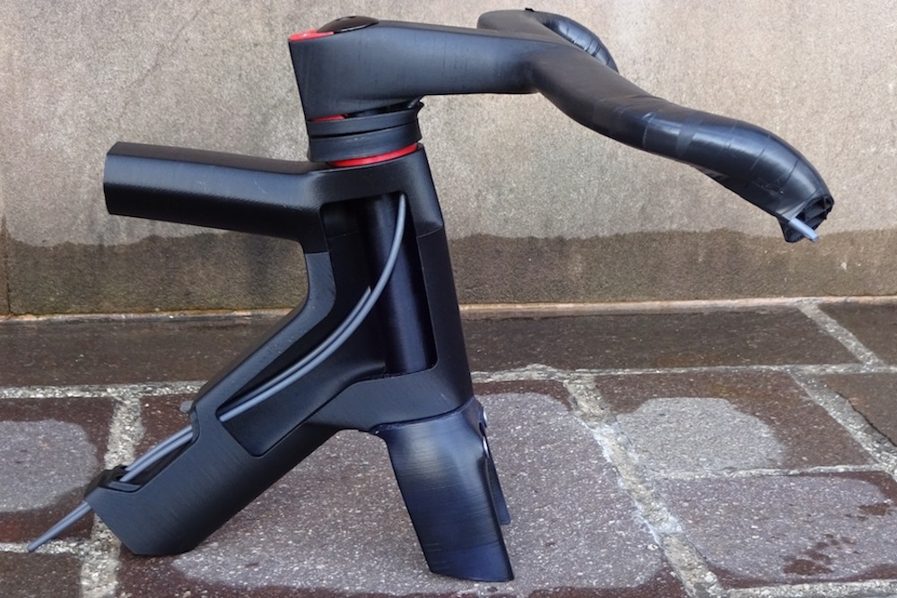 Thumbnail Credit (cyclingweekly.co.uk): The most striking feature of Wilier's new Cento10 Air is the integrated bar and stem. Here's a look at its clever design.