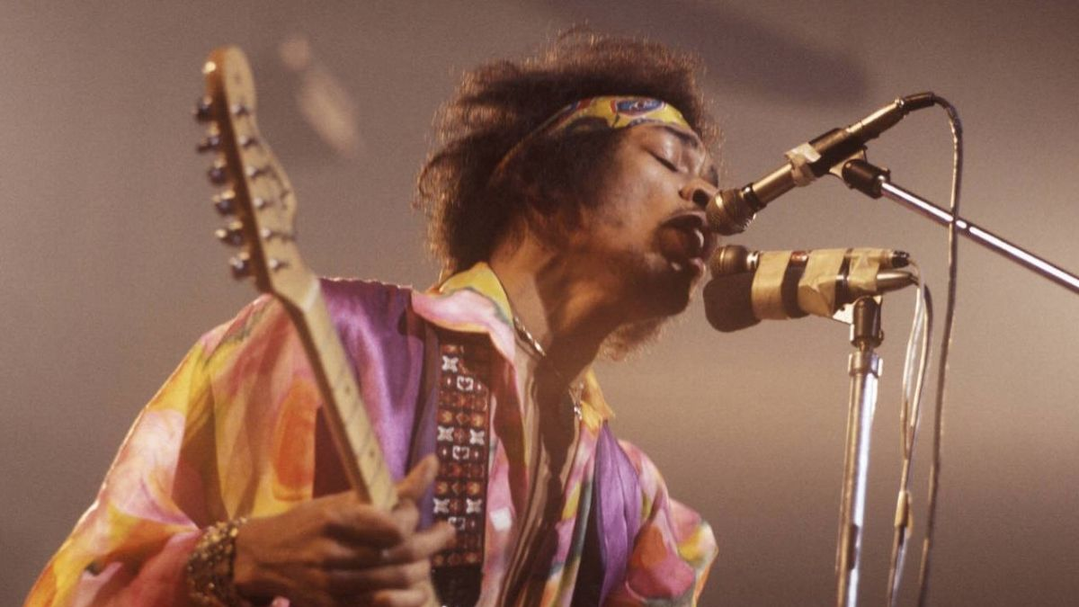 jimi hendrix 39 s first band of gypsys show features on live album louder. Black Bedroom Furniture Sets. Home Design Ideas