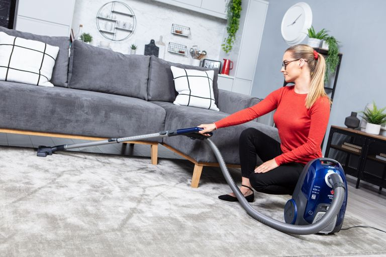 Hoover Telios Extra TX50PET Cylinder Vacuum Cleaner review | Real Homes