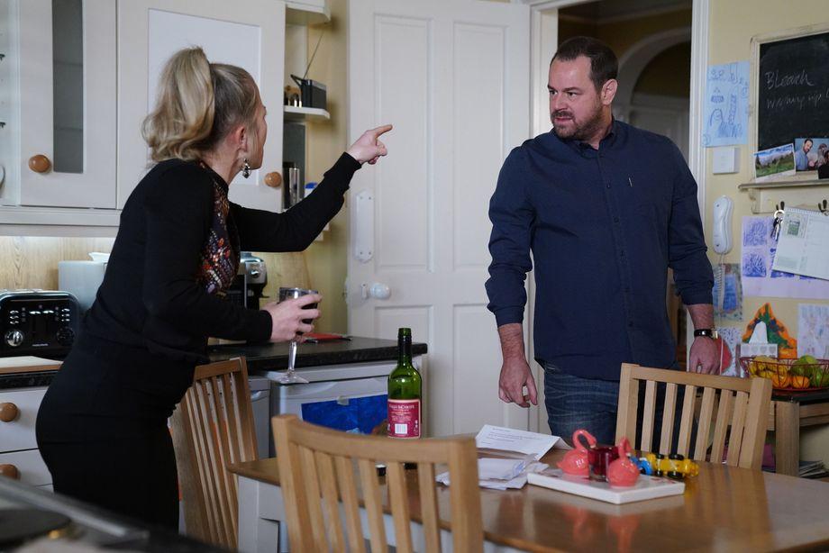 Linda Carter argues with Mick Carter