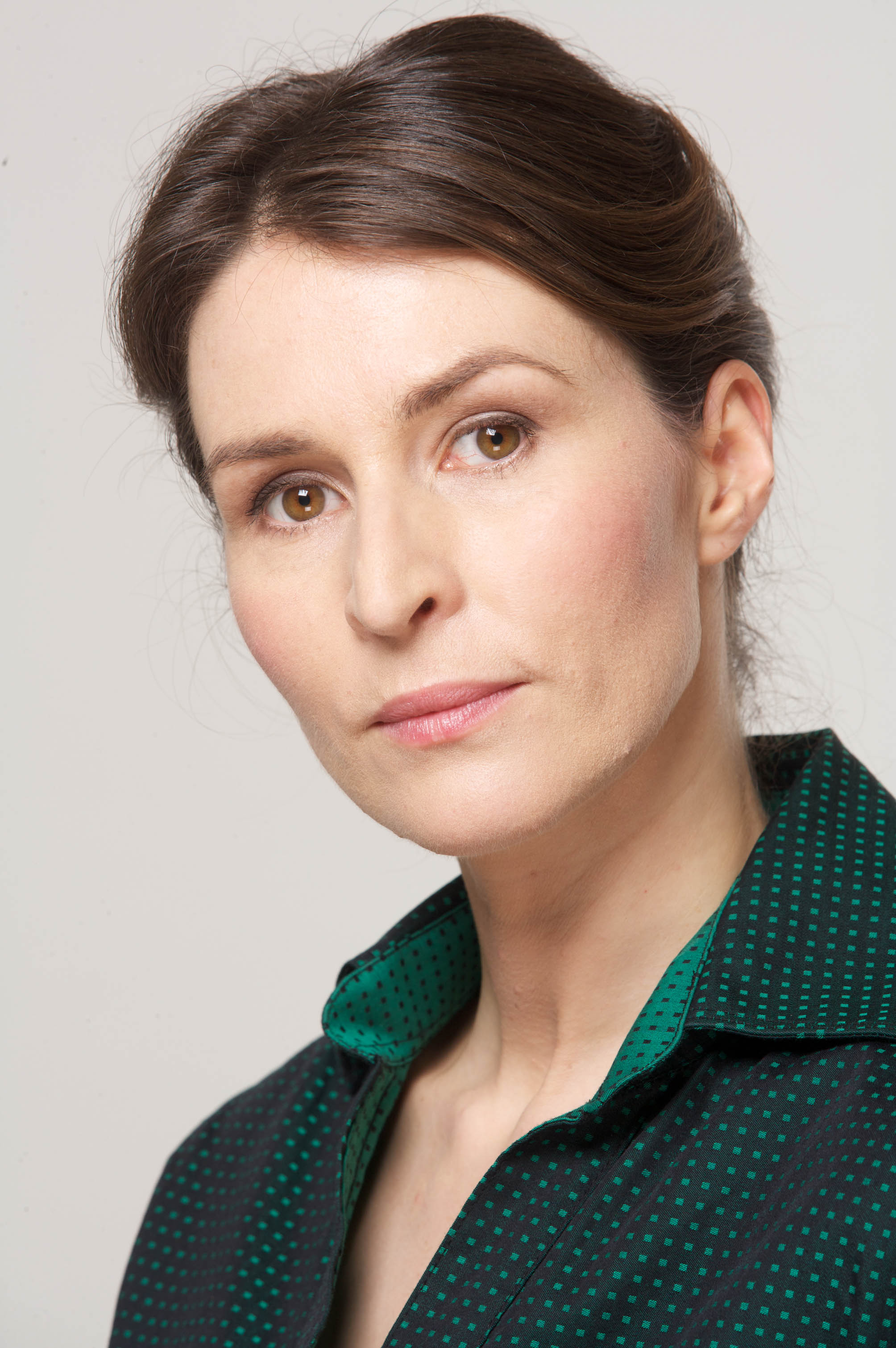 Watch Helen Baxendale video