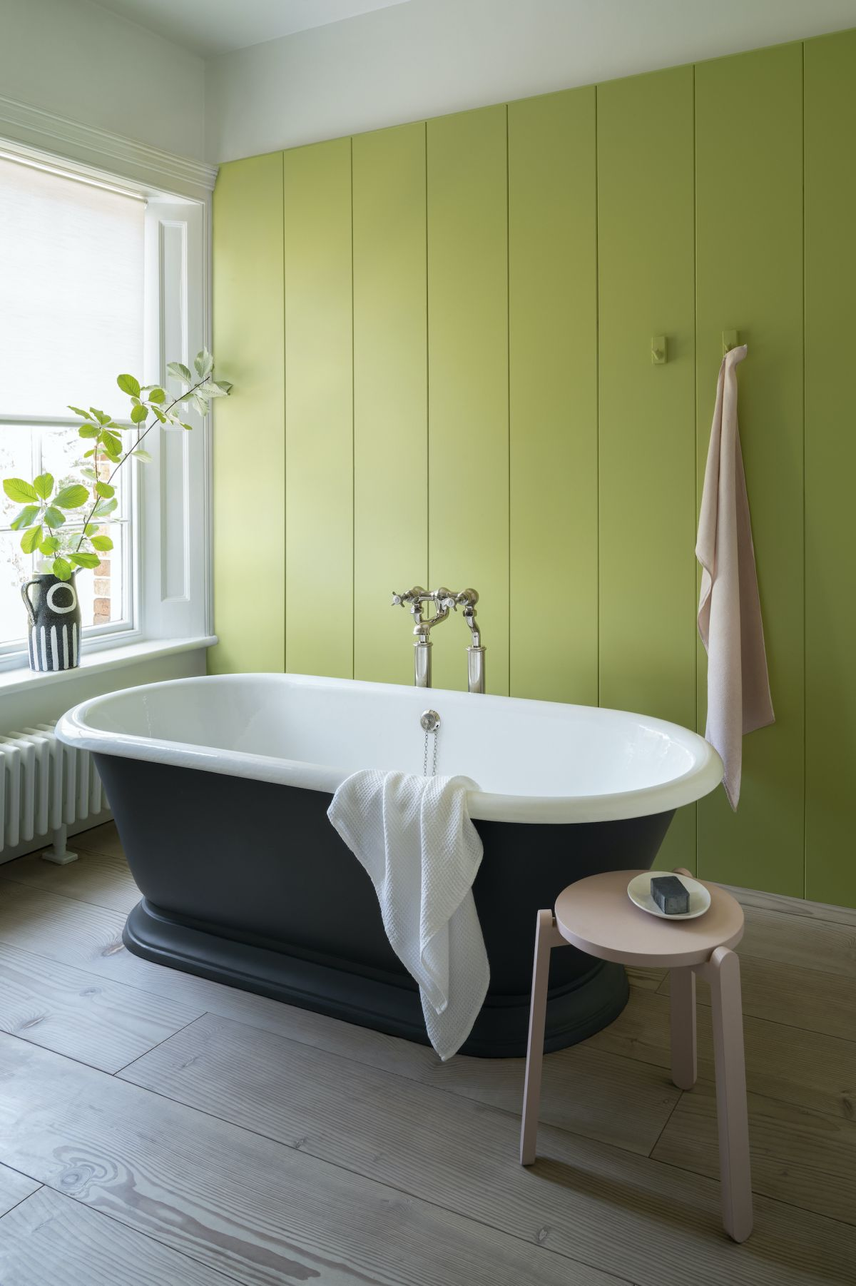 Go green with these 15 stunning green bathrooms to inspire you
