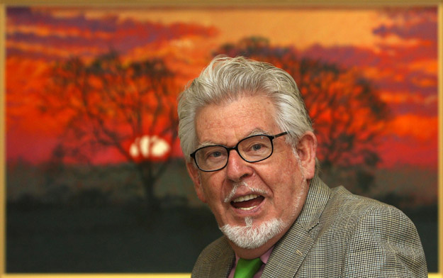 Rolf turns royal graffiti artist!