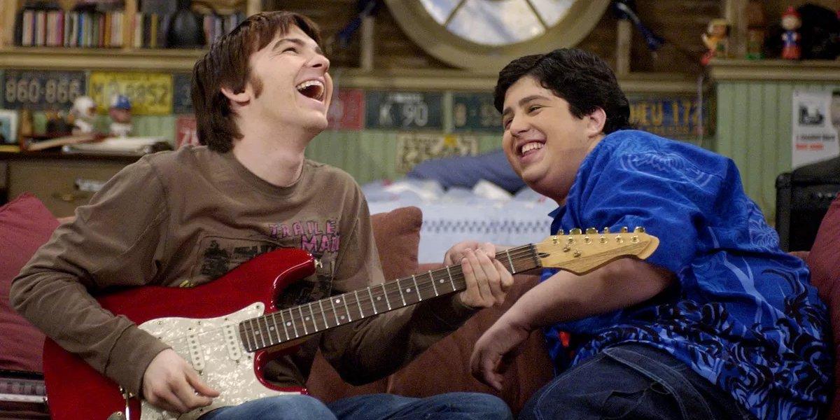Drake Bell and Josh Peck in Drake & Josh