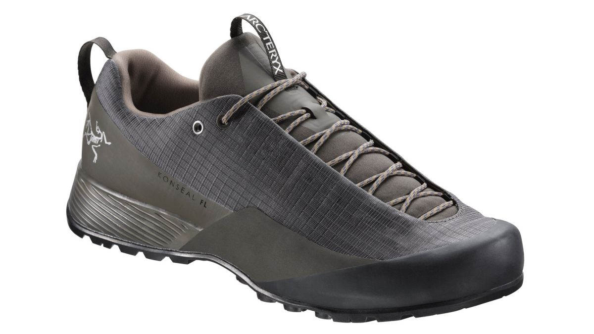 Best men s walking shoes 2019  stay sure-footed in any weather and on all  trails  16b71838a