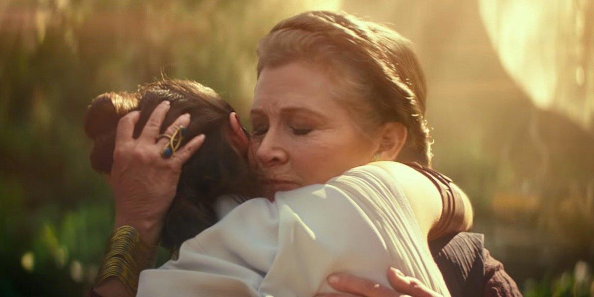 Leia hugging Rey