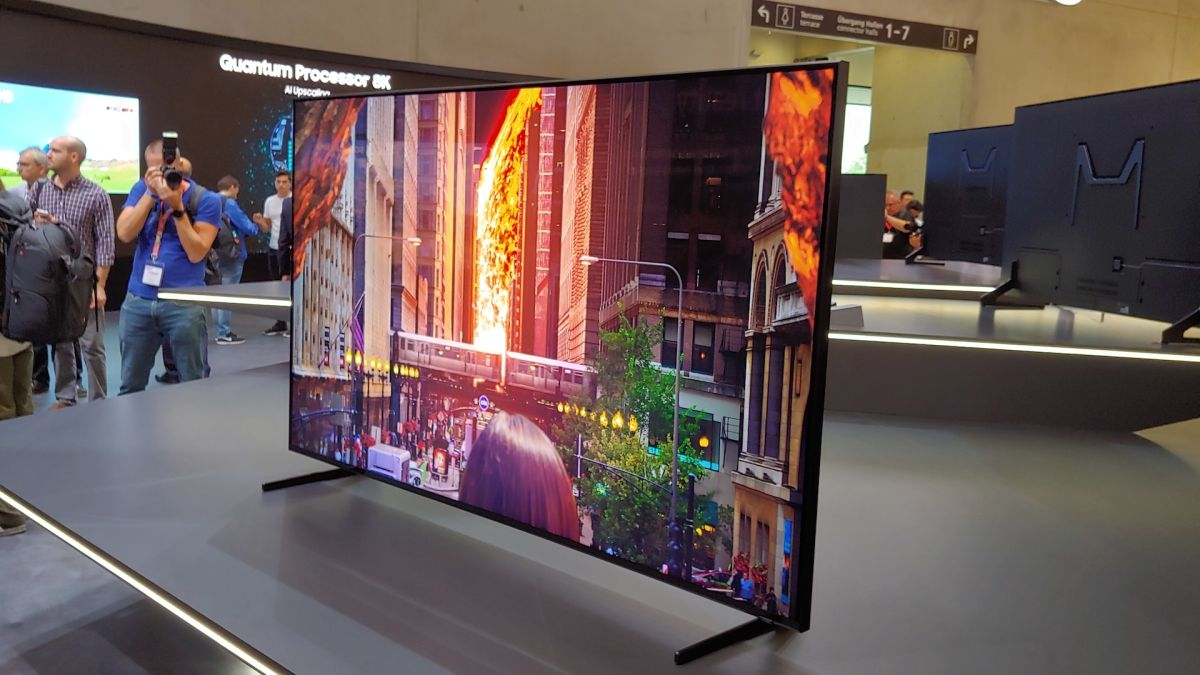 Tv 85 Zoll : samsung 39 s 8k qled tv costs 4x more than the best 4k tv on the market techradar ~ Watch28wear.com Haus und Dekorationen