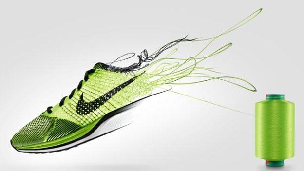 new concept c2fe7 02e1c Olympic legend Carl Lewis unboxes Nike s techiest ultra-light marathon shoes