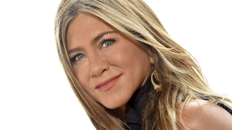 "MARINA DEL REY, CALIFORNIA - JUNE 11: Jennifer Aniston attends the photocall of Netflix's ""Murder Mystery"" at Ritz Carlton Marina Del Rey on June 11, 2019 in Marina del Rey, California. (Photo by Axelle/Bauer-Griffin/FilmMagic)"