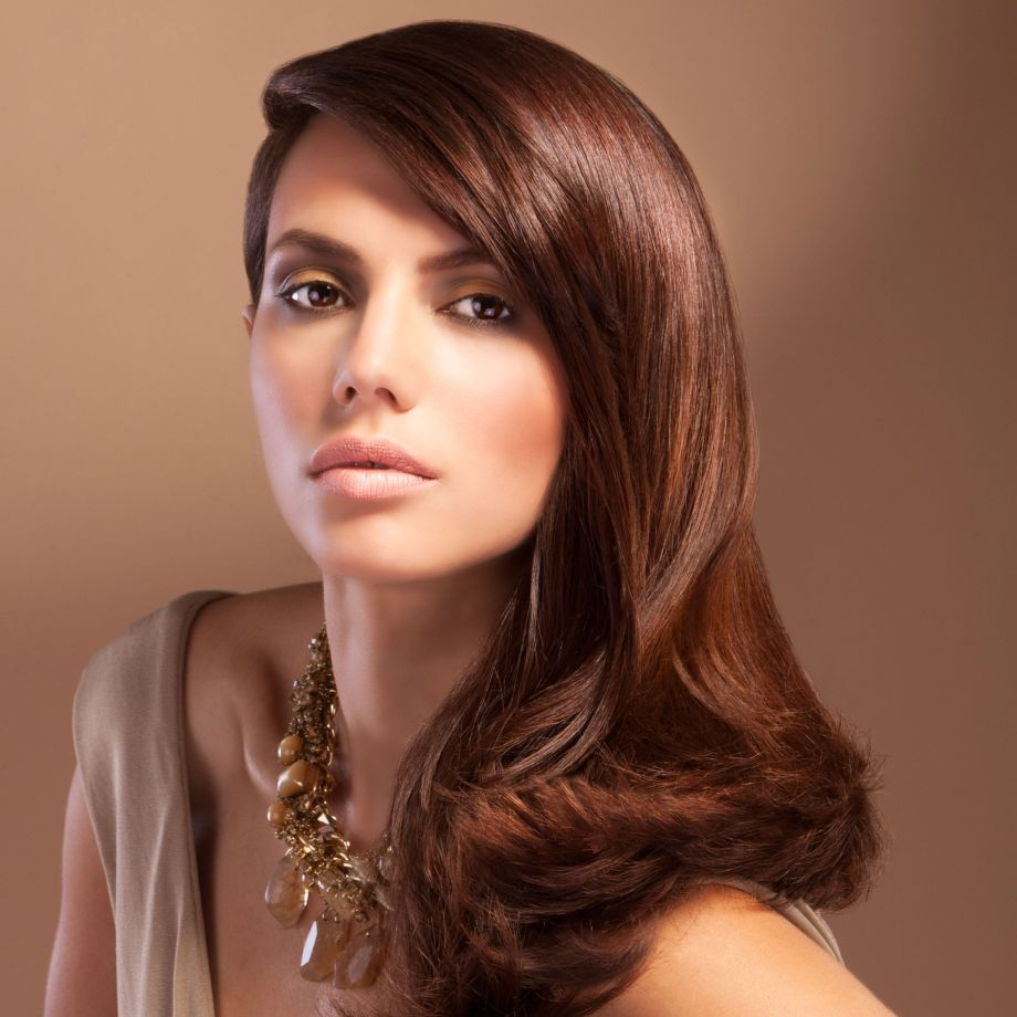 the best hairstyles for women over 40 - tips for the perfect cut and