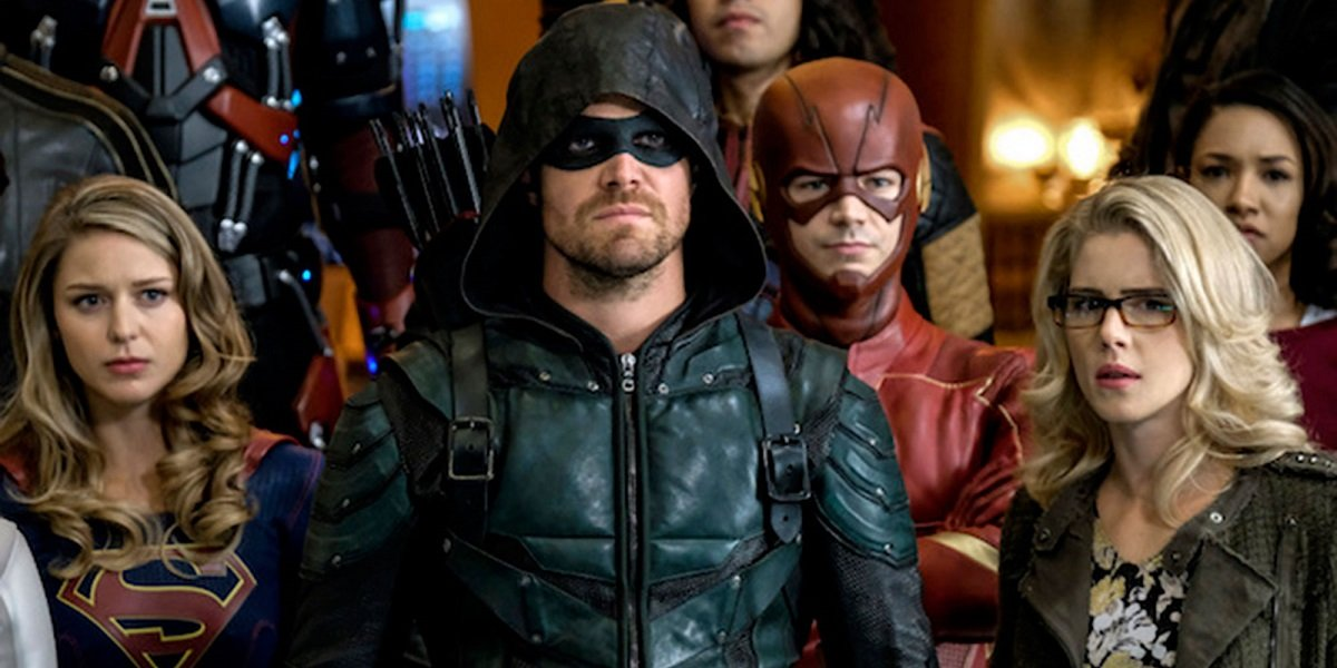 Arrow-verse Reveals First Look At The Anti-Monitor In Crisis On Infinite Earths