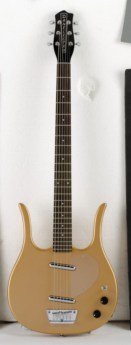 The Longhorn Baritone is one of Dano's most idiosyncratic designs