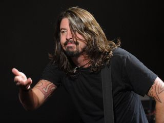 Grohl and the Foos plan to get 'heavy' on their next album
