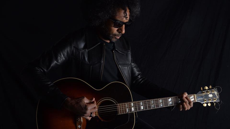 """William DuVall: """"The guitar is something physical and primal - nothing can take the place of that immediacy"""""""