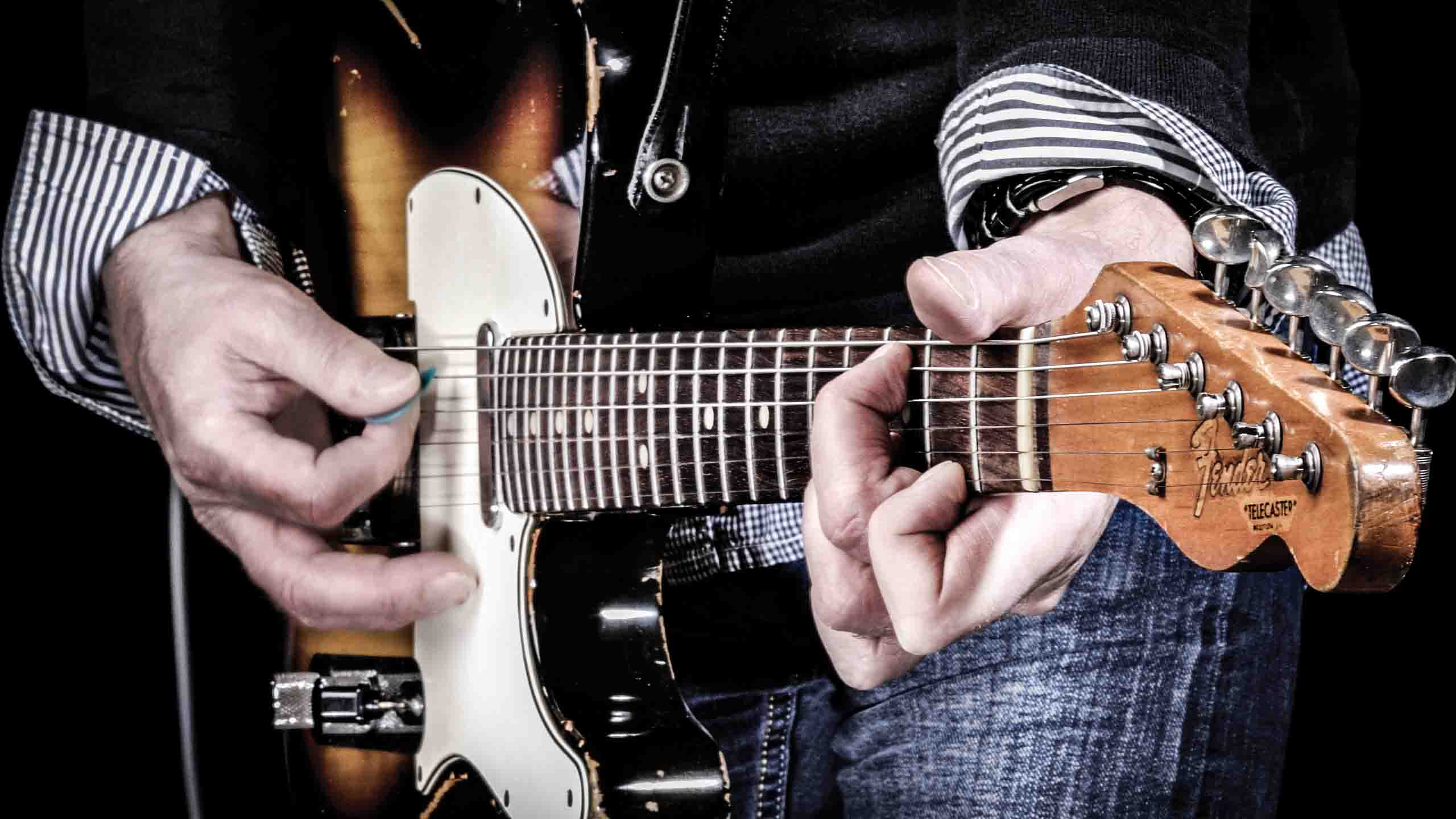 Revitalise Your 12 Bar Blues Chords With These 5 Essential Tips