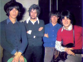 Jeff Beck Group From left to right Jeff Beck Rod Stewart Mickey Waller and Ronnie Wood