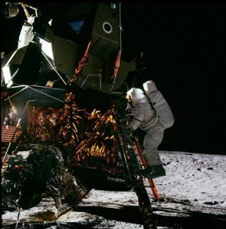 Apollo Astronauts Bring Moon Down to Earth in Film