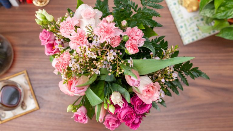 Bloom & Wild mother's day flowers