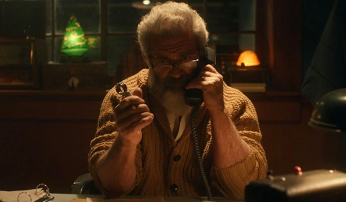 Fatman Mel Gibson having an intense phone call