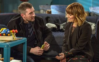 Shock new romance for Rhona with Pete! Emmerdale's Zoe Henry reveals all