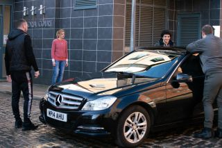 Coronation Street spoilers: Will Leanne Battersby get caught dealing drugs?