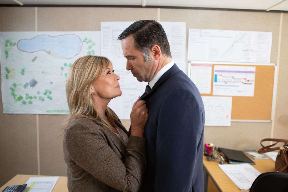 Graham Foster is torn between Rhona and Kim in Emmerdale