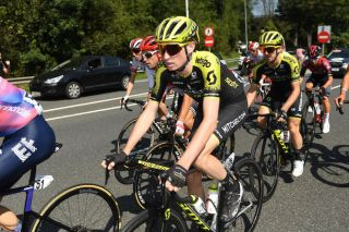Lucas Hamilton leads Mitchelton-Scott teammate Adam Yates at the 2019 Clasica San Sebastian
