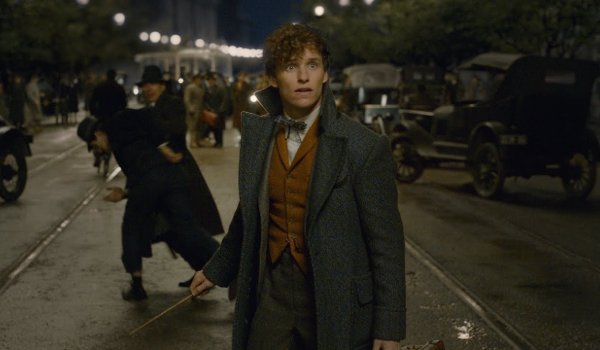Fantastic Beasts: The Crimes Of Grindelwald Newt stunned in the middle of the street, wand drawn