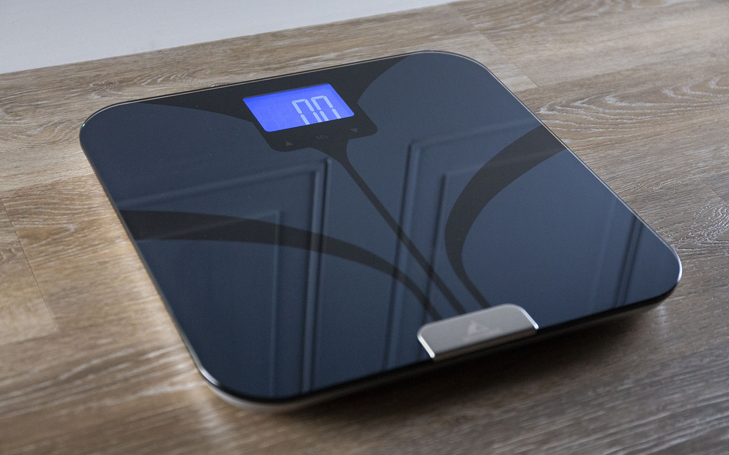 Best Smart Scales 2019 - Android, iOS Compatible Bathroom