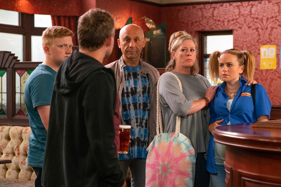 Coronation Street Paul Formean in Rovers with Bernie and Kel