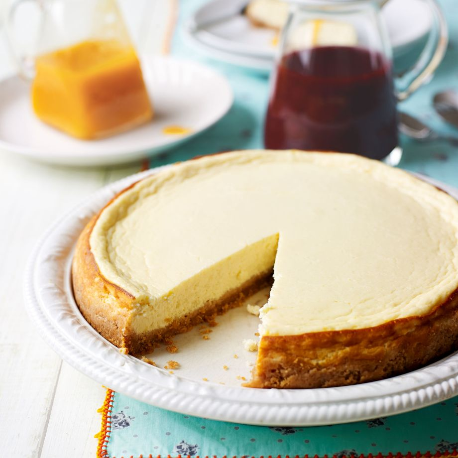 Homemade cheesecake with cottage cheese without baking: cooking features, recipes 75