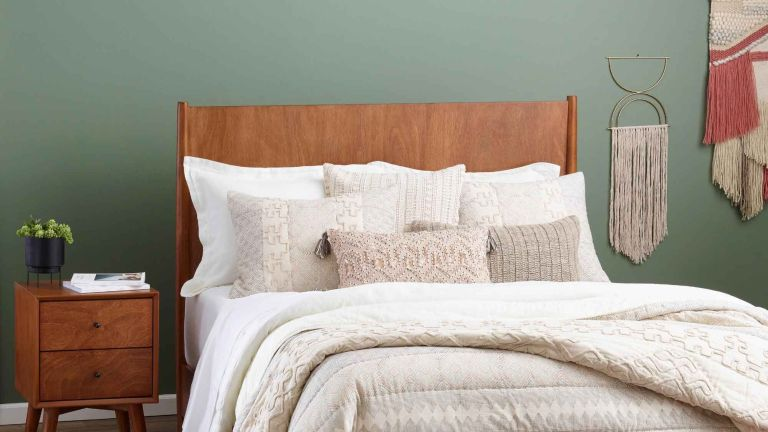 Labor Day furniture sales 2020: Acorn Wood Brewton Bed