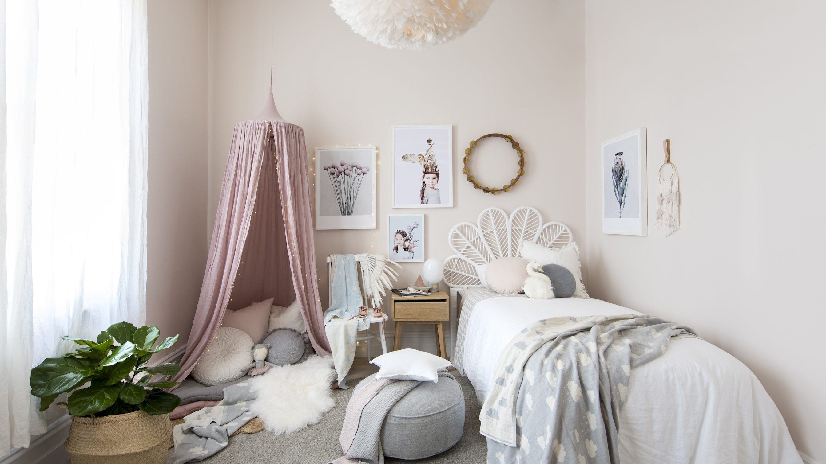 Small Kids Bedroom Ideas 14 Fun Ways To Enhance Your Child S Small Space Real Homes