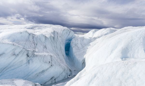 6 mysterious structures hidden beneath the Greenland ice sheet