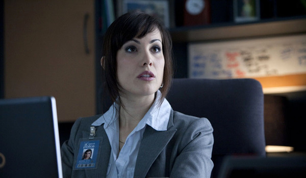 Carly Pope in Republic of Doyle