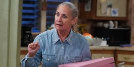 Why The Conners Season 3 Premiere Included An Unexpected George Clooney Throwback