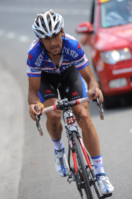 Carlos Barredo goes solo, Tour de France 2010, stage 16