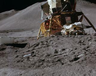 apollo program lunar dust problem