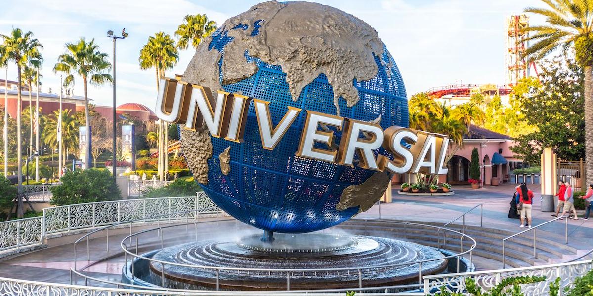 Universal Studios park logo fountain