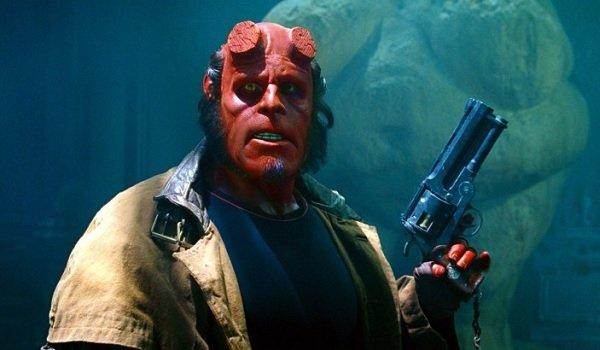 Hellboy Ron Perlman gun in hand