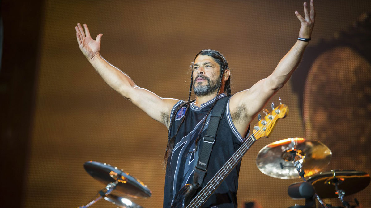 Robert Trujillo Wife, Son, Family, Age, Height, Net Worth