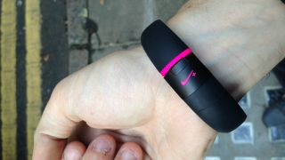 Nike denies that FuelBand's race is run, but new devices appear unlikely