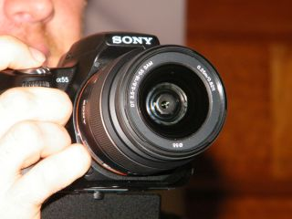 Sony a55 packs translucent tech