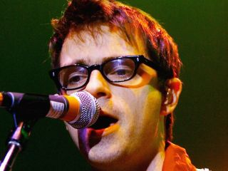 Rivers Cuomo is hospitalized following bus crash