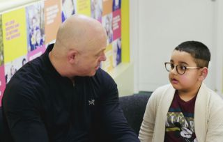 Ross and Ali in Ross Kemp Living With Young Carers