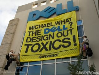 Greenpeace activists storm Dell's HQ